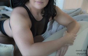 Marie-evelyne call girl in Lancaster SC