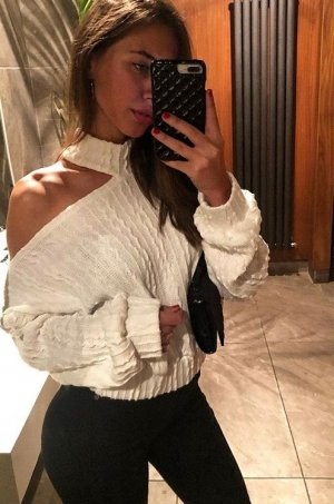 Yaelle incall escort in Pembroke Pines